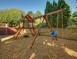 Газонная решетка для детских и спортивных площадок